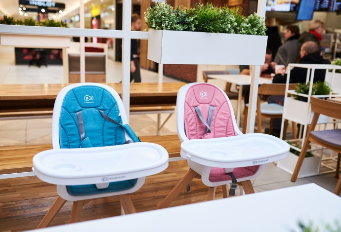 Chairs for baby feeding in the food area